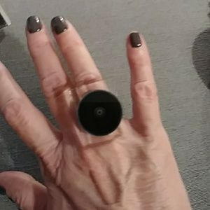 Jewelry - Cool lucite and black statement ring